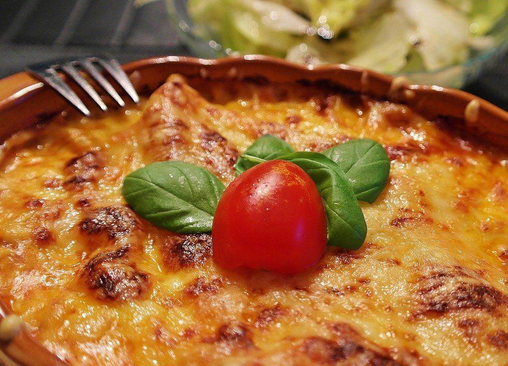 lasagna-1900529_1280
